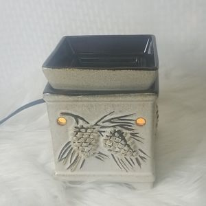 Scentsy Pinecone wax melt warmer